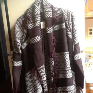 Nwt womans long sweater size med